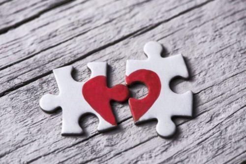 soigner-chagrin-amour-avec-medicament-pourquoi-pas_width1024